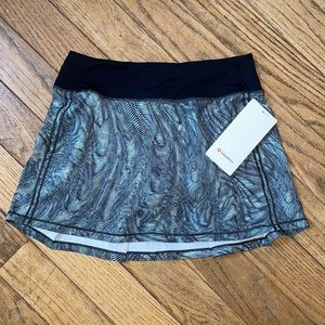 NWT Lululemon Pace Rival Skirt Multi Black size 4